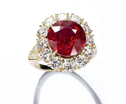 Van Cleef & Arpels ruby and diamond ring Christie's Geneva May 18