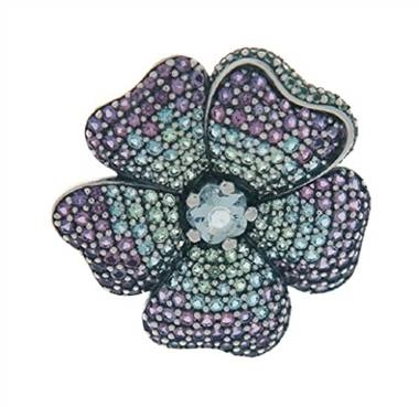 Glorious bloom pendant and brooch at Pandora