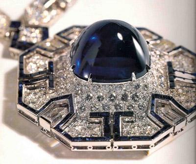 Elizabeth Taylor's Bulgari Sapphire Sautoir