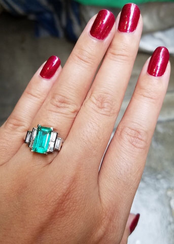 mochiko42's Custom 2.22 Carat Colombian Emerald and Diamond Ring (Hand View) - image from mochiko42