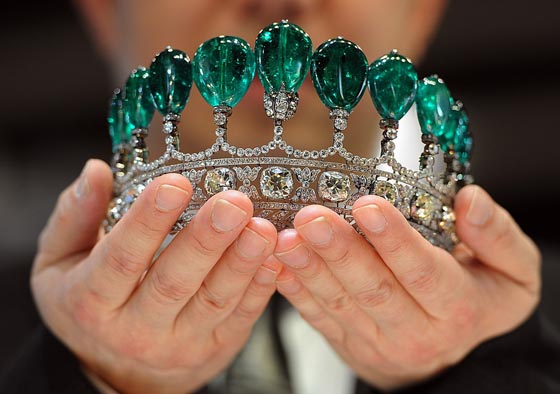 Magnificent Emerald and Diamond Tiara Sotheby's May 17 Auction