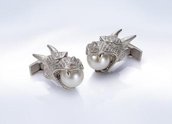 Stephen Webster hammerhead shark cufflinks