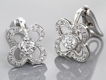 Engagment Rings Direct vintage style platinum diamond earrings from the Royal T collection