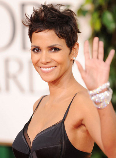 Halle Berry 2011 Golden Globes