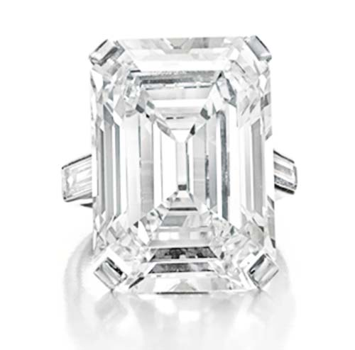 19.86 carat Cartier diamond ring owned by Huguette M. Clark