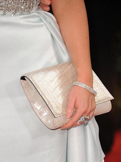 Jennifer Love Hewitt 2011 Golden Globes