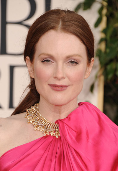 Julianne Moore 2011 Golden Globes