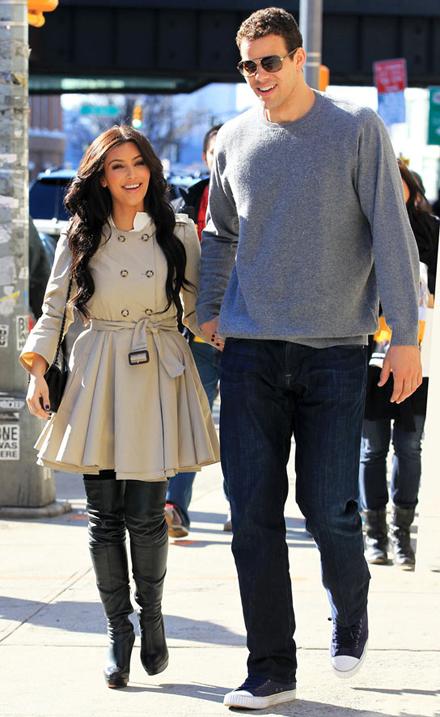 Kim Kardashian engaged to Kris Humphries