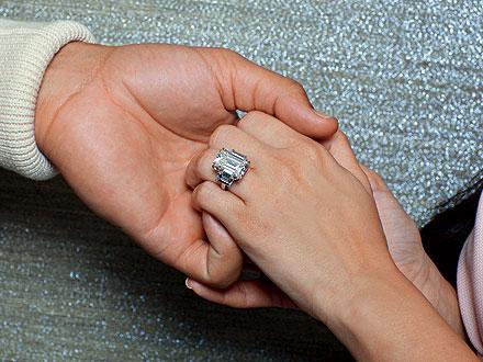 Kim Kardashian engaged to Kris Humphries 20.5 carat diamond engagement ring