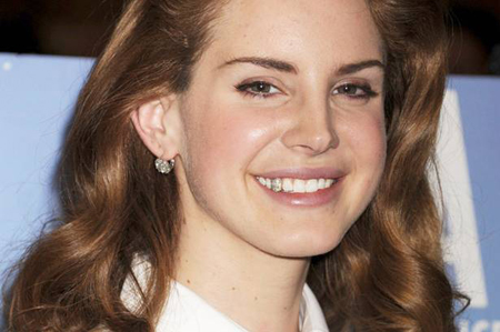 Lana Del Rey S Diamond Tooth And Other Jewelry News Pricescope