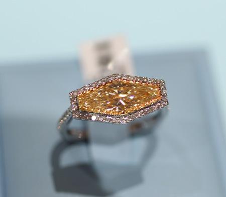 Gelin Abaci Lida Cut Diamond Ring Couture 2011