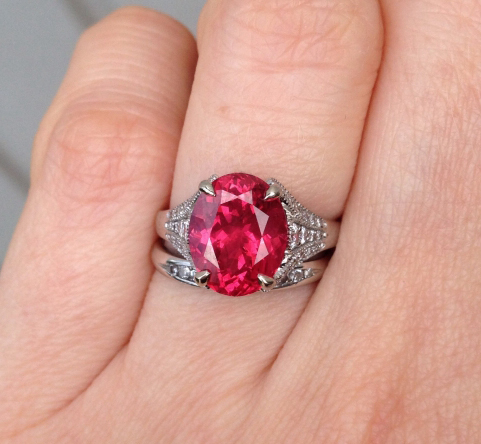 Spinel and diamond ring • Image by NKOTB