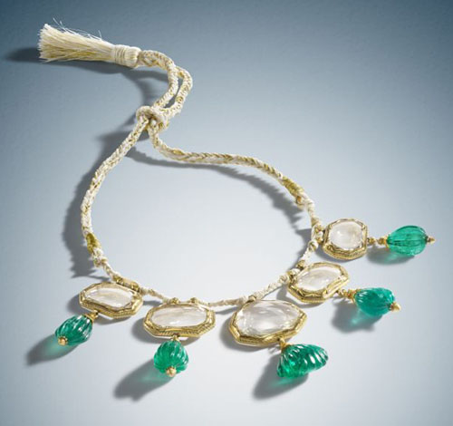 Bonhams offers important 17th century Mughal Mirror diamond necklace for private sale