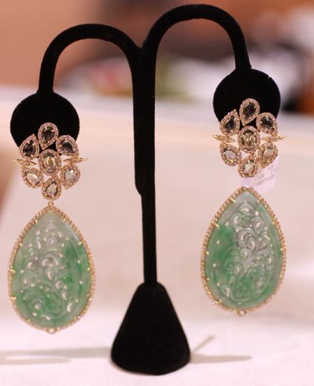 Sutra rose cut diamond and jadeite earrings JCK Luxury 2011