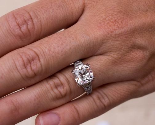 SunshineRn's French cut 3.04ct diamond settinghand shot