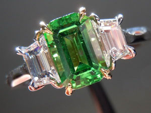 tsavorite garnet diamond ring