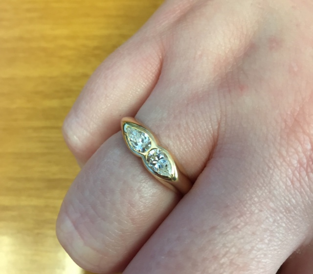 mocTheElms's Two diamond Pear Ring