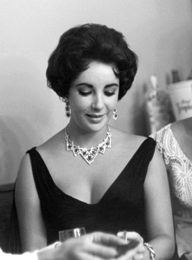 Elizabeth Taylor wearing Cartier Ruby Necklace