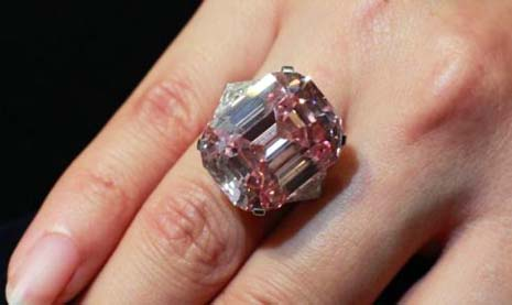 Harry Winston And The 24 78 Carat Pink Diamond Pricescope