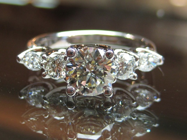 diamond five stone anniversary ring