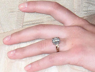 Scarlett Johansson Diamond Engagement Ring