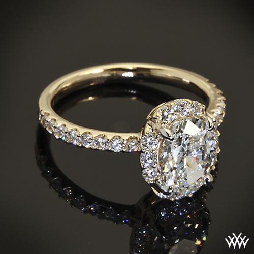 Custom Oval Halo Diamond Engagement Ring