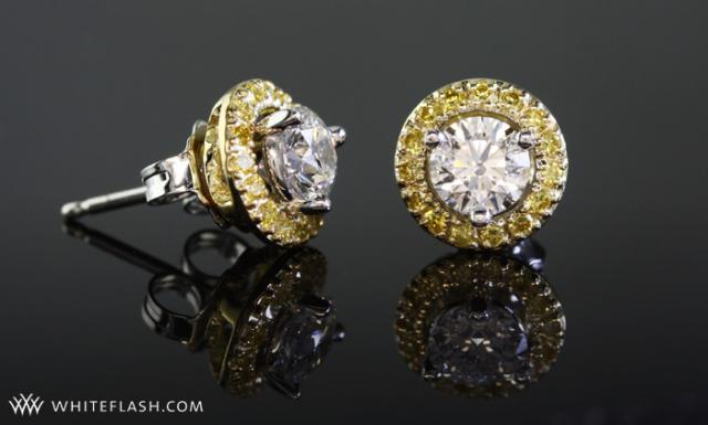 Diamond earring jackets in yellow gold miner