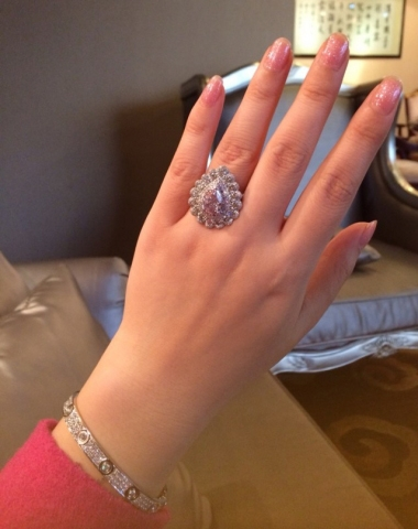 3Pink diamond ring - image by yueyechuyan
