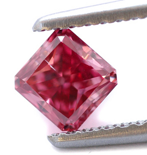 Red Diamond from Leibish & Co.