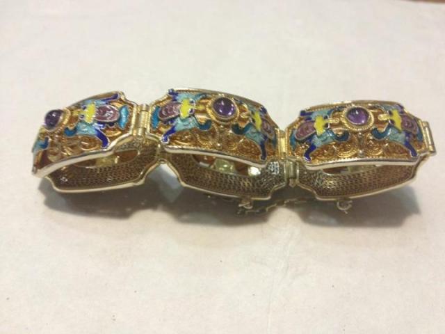 forum hangout diamond earrings give