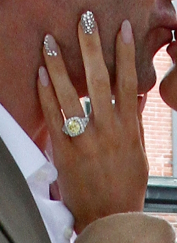 gretchen_rossi_ring.jpg