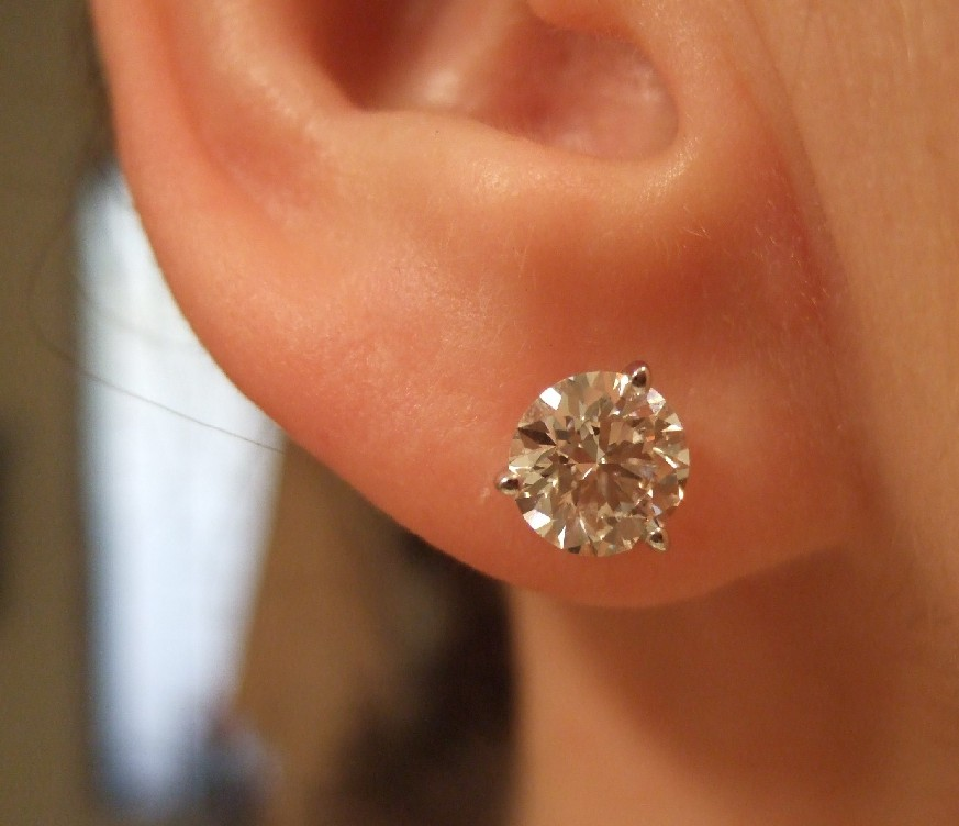 2 carat earrings actual size 1 carat earrings actual size pictures to pin on 9349