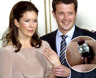 Emerald Engagement Rings  Emerald Cut Diamonds  Helzberg