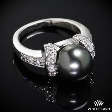 14k White Gold Tahitian Black Pearl and Diamond Ring