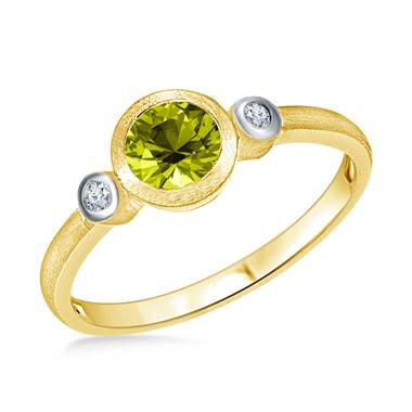 Bezel Set Round Cut Peridot Diamond Ring in 14K Yellow Gold (6mm)