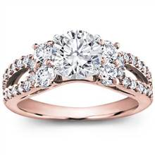 Round and Pave-Set Engagement Setting (0.95 CTTW)   Adiamor
