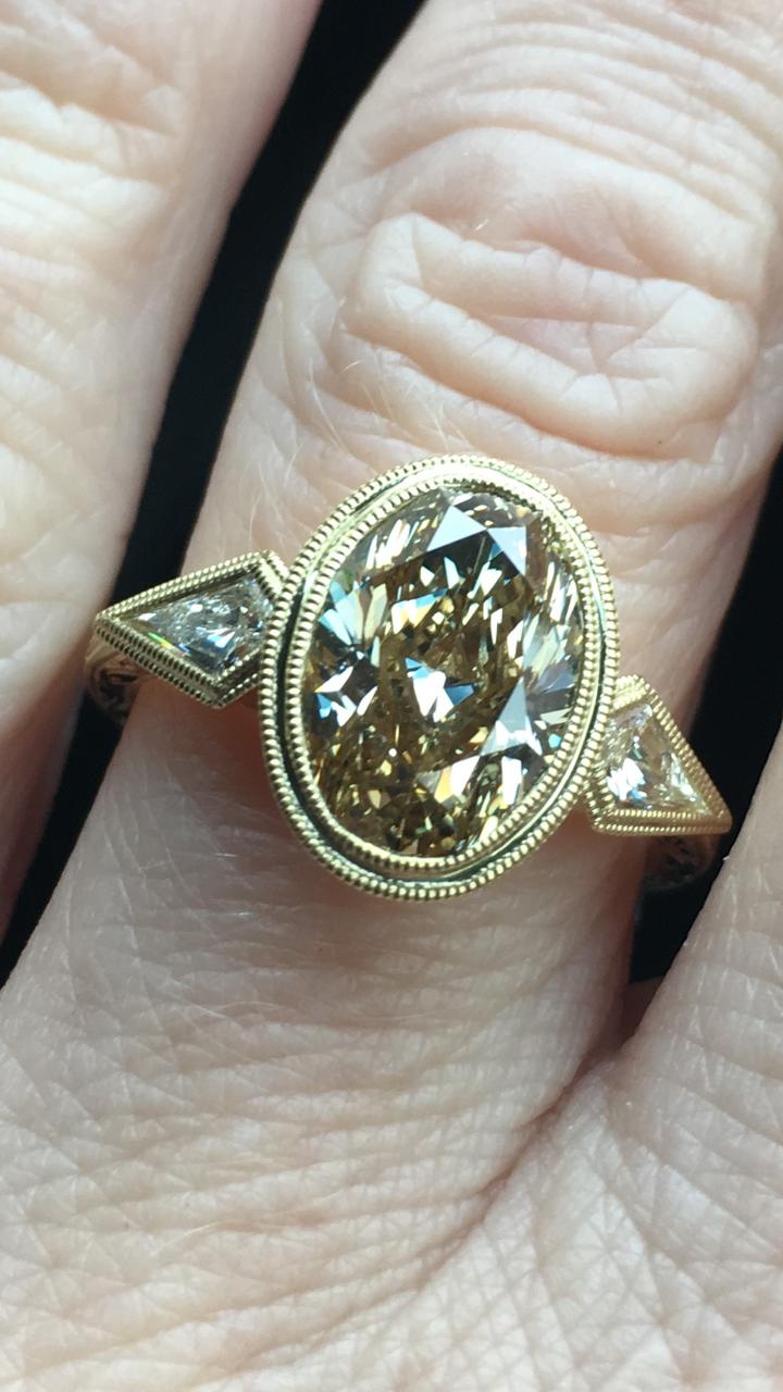 Eternal Sunshine, fancy yellow diamond