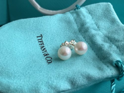 bunnycat's new pearl studs from Tiffany & Co.
