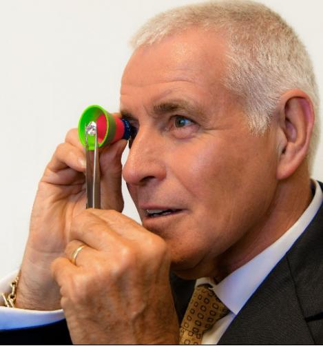 Garry Holloway using ASET-scope