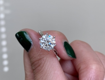 Julyisjuly originally posted this stunning 2+ ct ACA Engagement Ring on the Show Me the Bling Forum at PriceScope. It would be hard to go wrong with a classically beautiful solitaire, but this one is particularly gorgeous!