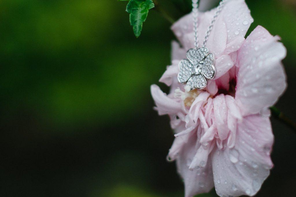 4 petals for 4 family members