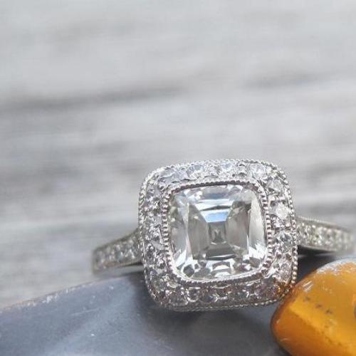 Tiffany Legacy® Engagement Ring