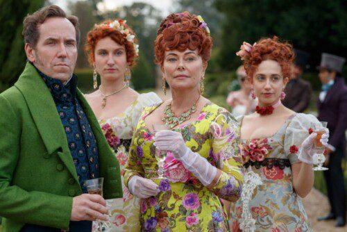 Members of the Featherington Family (via Netflix)