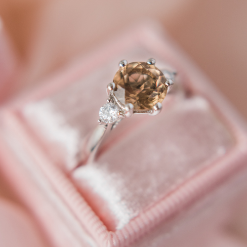 Top 3-Stone Engagement Ring 2021 Trends