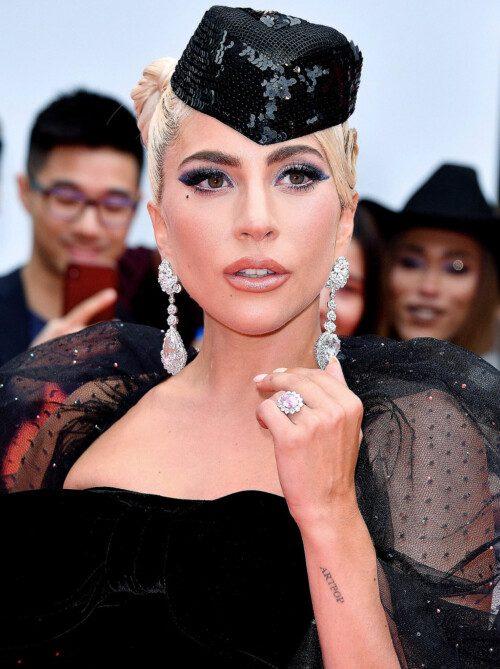 Lady Gaga's 2018 pink diamond engagement ring from Christian Carino.