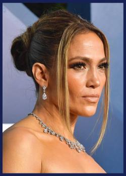Jennifer Lopez at the 2020 SAG Awards.