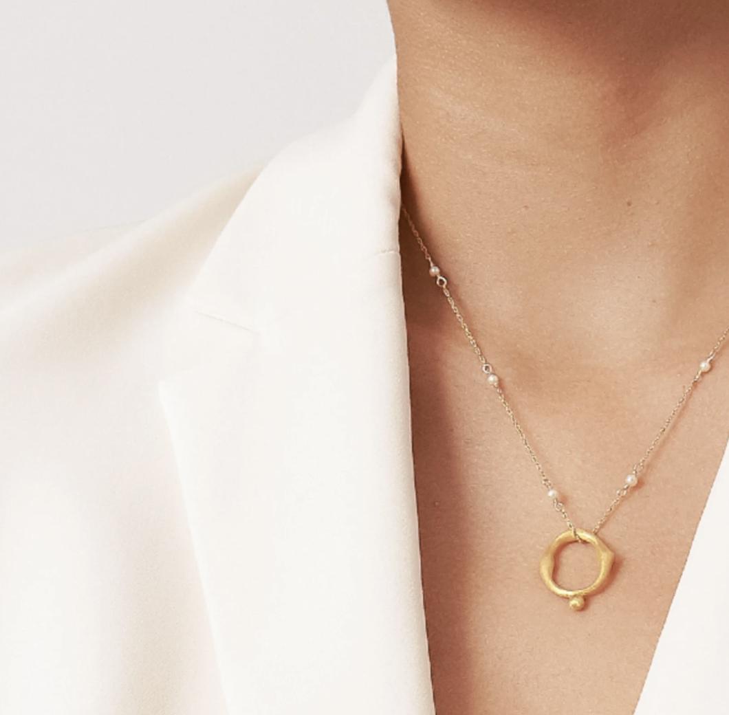 Gabriela Figure – Gold.